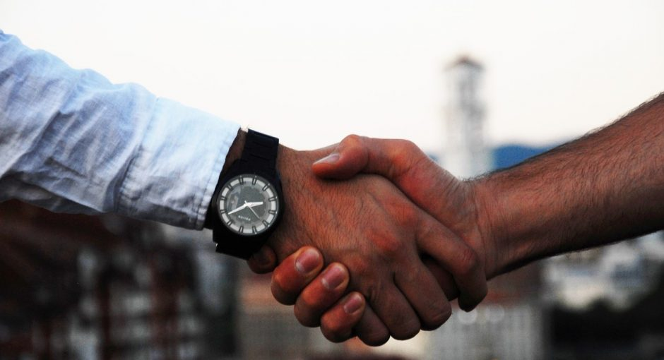 Conversational Hypnosis Is A Powerful Sales Weapon